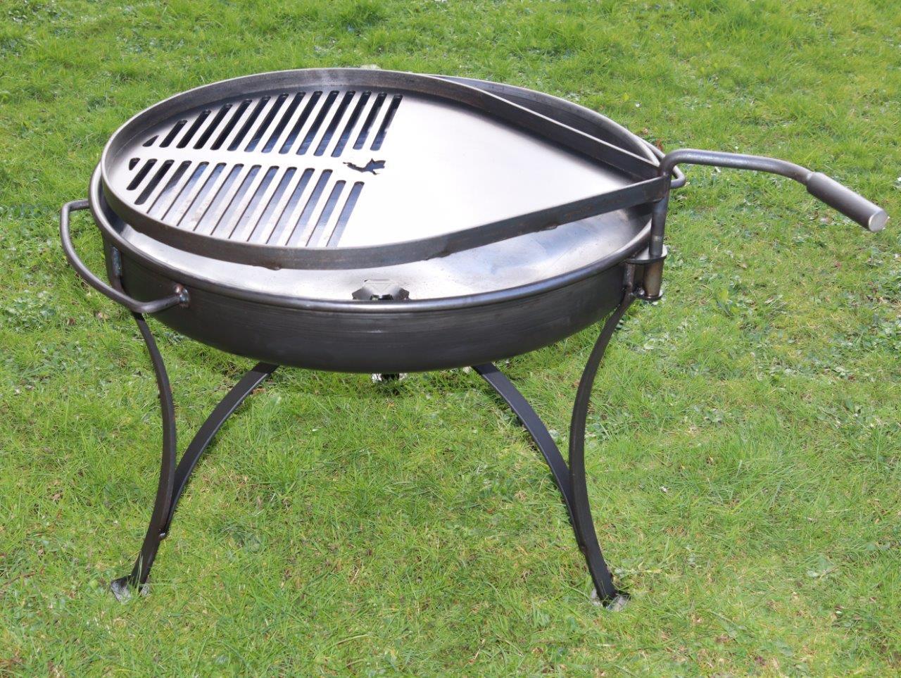 Classic Forge Fire Pit – 60cm & 70cm